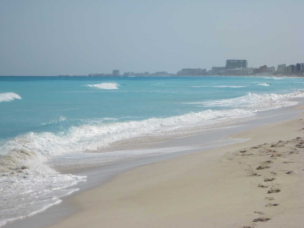 The beautiful beach of Cancun!