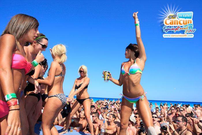 Cancun mexico beach girls brilliant idea